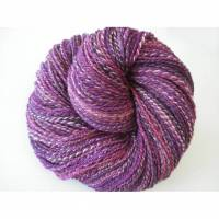 313m / 135g  Handgesponnenes Art yarn, Künstlergarn, lila violett rosa, 2-ply, Merino, 100% Schurwolle austral. Merino Bild 1