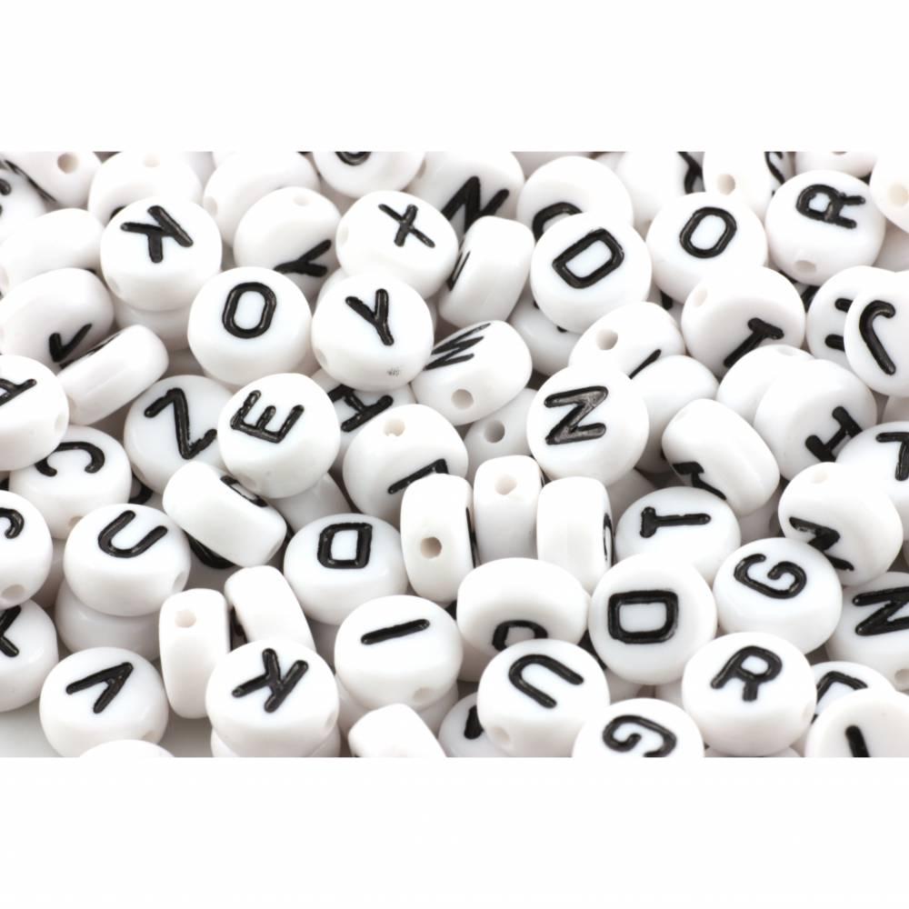Buchstabenperlen, 100 Stück, Acryl, weiß-schwarz, 7mm Bild 1