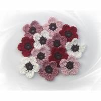 12 kleine Häkelblumen 4 cm , Blumenset gehäkelt Bild 1