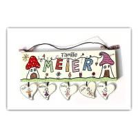 Türschild Holz handbemalt, Namensschild Wäscheleine personalisiert mit Herzanhänger Bild 1