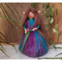 Elfen-Mädchen Filz mit spitzen Elfen-Ohren und langen Haaren Wolle Waldorf-Art Dekoration Geschenk Schutz Glücksbringer  Bild 1