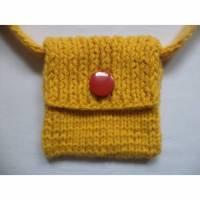gestrickte kleine Tasche Kinder Handtasche 16cm x 16cm gelb Bild 1