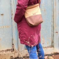 Handtasche Umhängetasche Tasche senfgeb Punkte Kunstleder Bild 2