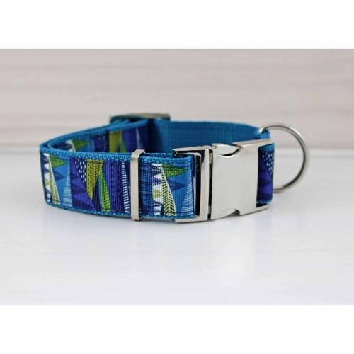 Hundehalsband mit abstrakten Bäumen, blau und grün, geometrisch, Baum, Hund, Haustier, Welpe, nordisch