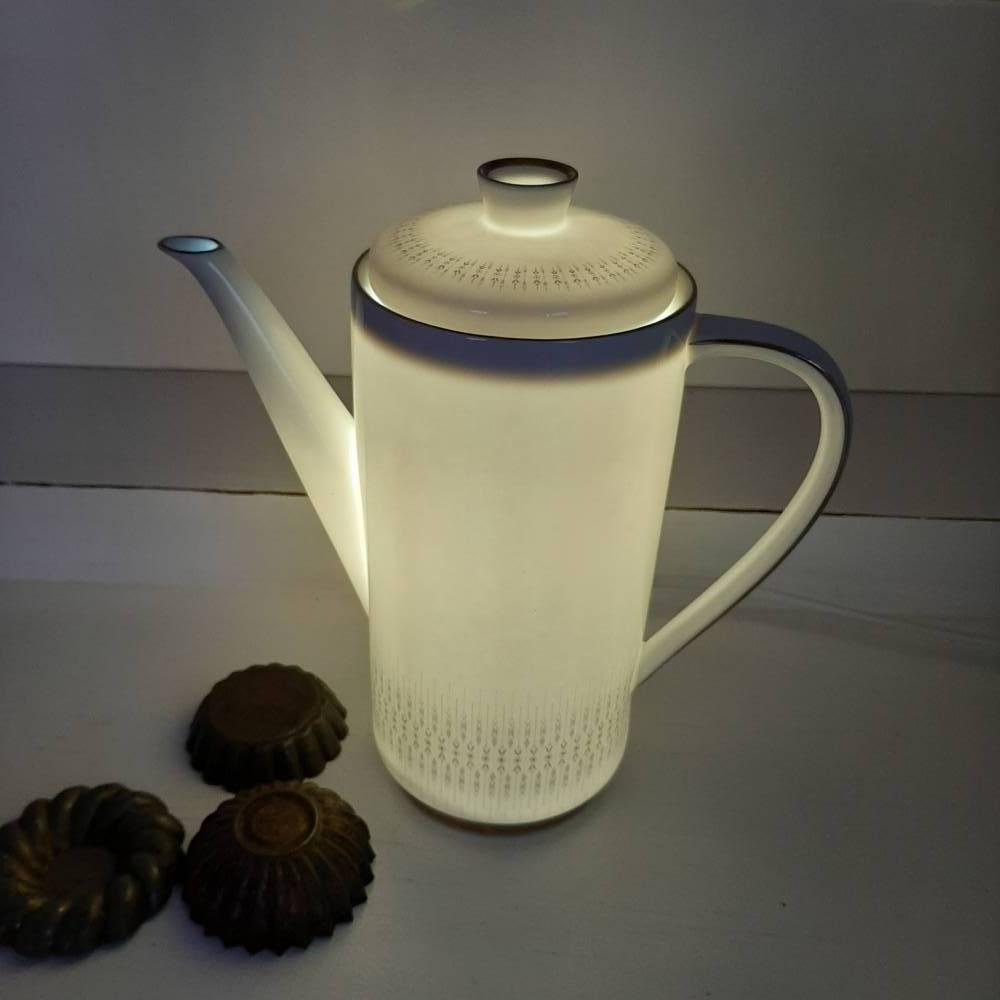 Elegante Kaffeekanne als Lampe aus Porzellan mit LED  (3) Bild 1