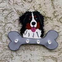 Berner Sennenhund - Garderobe / Handtuchhalter / Leinenbrett Bild 1