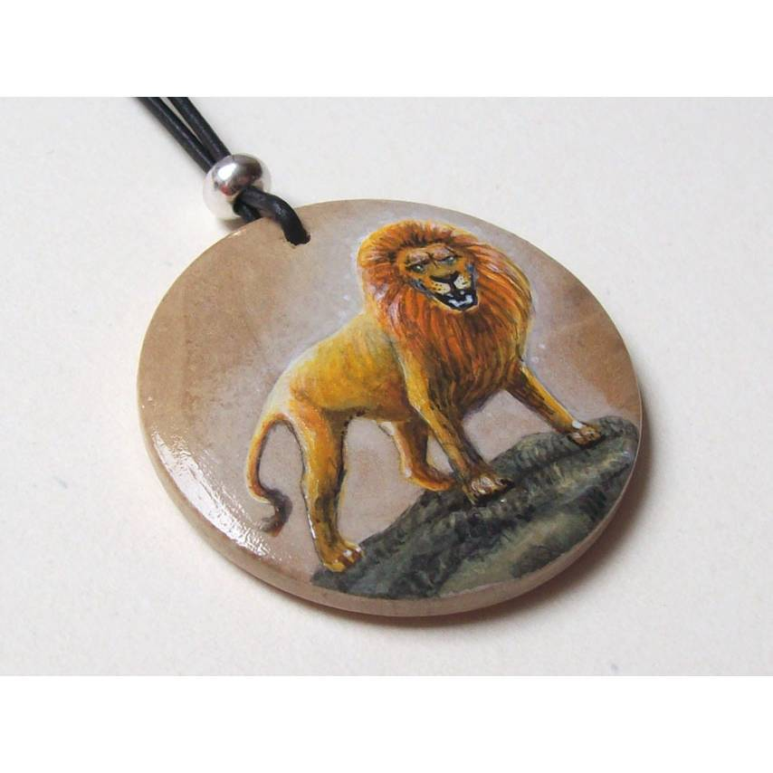 Krafttier-Amulett Löwe, handbemalter Anhänger, Stärke, bemalter Schmuck, Holz, Glücksbringer Tiere, Ethno-Schmuck Bild 1