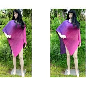 Poncho Überwurf Schulterwärmer Violett mit Farbverlauf in violett lila pink gestrickte Handarbeit