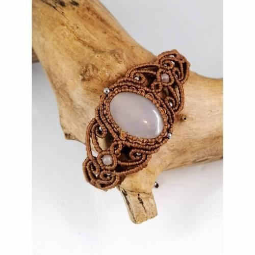 Makramee Armband mit Mondstein und Edelstahl-Perlen