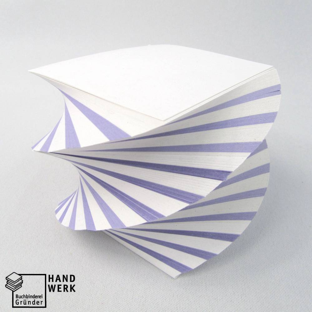 Notizblock, Abreißblock, gedreht, weiß lila, Zettelblock 8x8 cm Bild 1