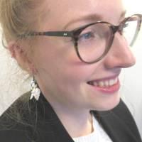 Muschel Ohrhänger Pelikanfuss in weiss mit schwarzen Ohrhaken,maritimer nachhaltiger Schmuck Bild 2