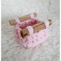 xxs-Utensilo aus Textilgarn-rosa mit Treibholz Bild 1