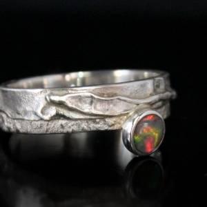 Unikat Opalring / Silberring mit Opal - kunstvoll handgemacht aus 925er Silber - Designerstück Goldschmiedering Unikat Bild 2
