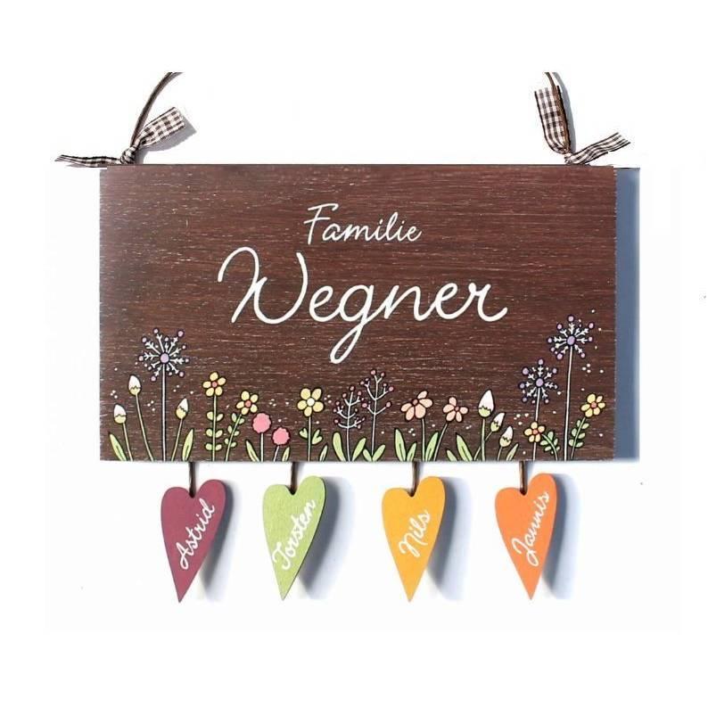 Namensschild Floral, Blumenwiese Pusteblume, Türschild Holz personalisiert, Namensschild Familie handbemalt mit Herzanhänger Bild 1