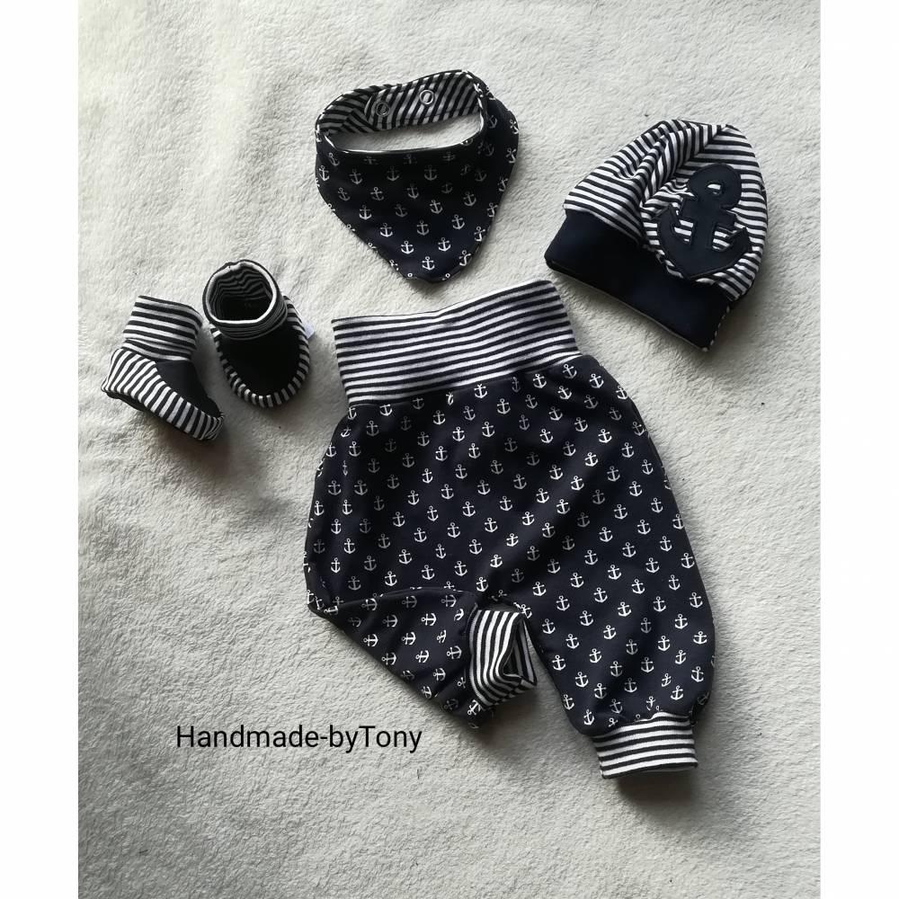 4 tlg.Set aus Pumphose , Mütze ,Tuch und Schuhen  in den Gr 50/56 bis 62/68 aus Jersey Bild 1