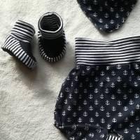 4 tlg.Set aus Pumphose , Mütze ,Tuch und Schuhen  in den Gr 50/56 bis 62/68 aus Jersey Bild 3