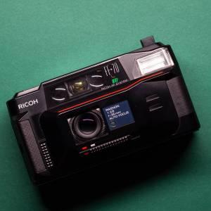 Ricoh FF-70 | 35mm-Kamera | FILMTESTED | guter Zustand | schwarz | Point-and-Shoot Bild 1