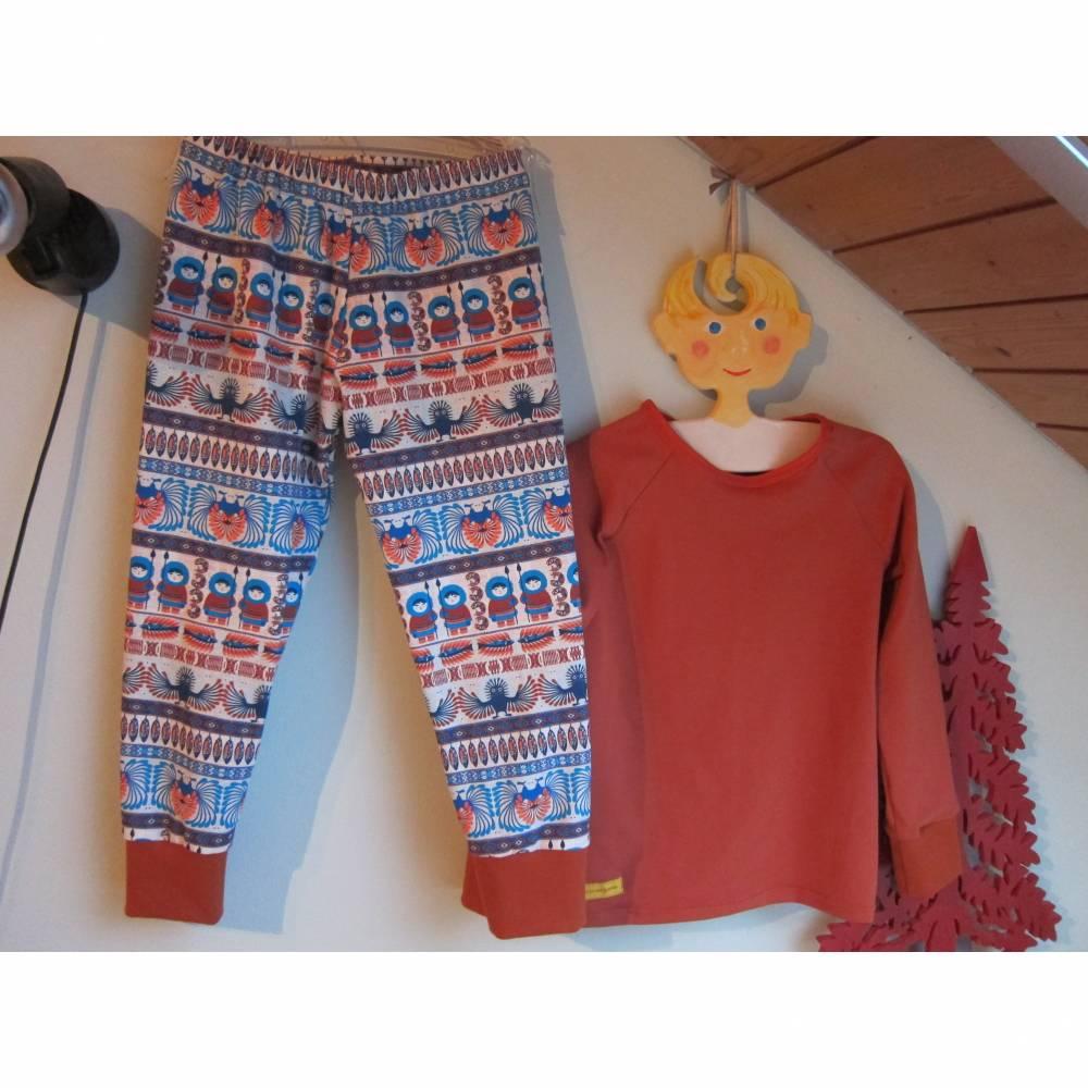 Zweiteiler Inuit Dreams Pulli mit langen Arm und Hosen Set.  Schlafanzug Jersey Stoff Gr. 110-5 Jahre Eskimo Totem Moti Bild 1