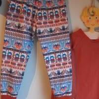 Zweiteiler Inuit Dreams Pulli mit langen Arm und Hosen Set.  Schlafanzug Jersey Stoff Gr. 110-5 Jahre Eskimo Totem Moti Bild 2