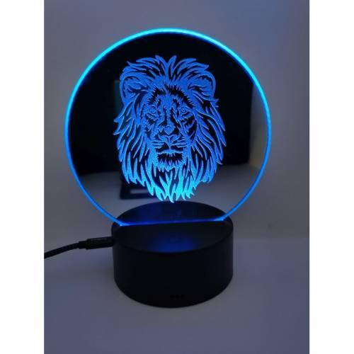Gravierter Spiegel als Lampe mit Löwe