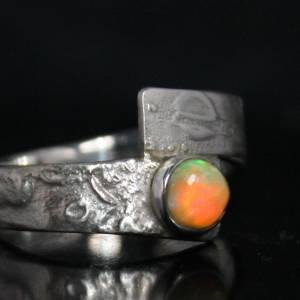 Unikat Opalring - kunstvoller Silberring mit top Opal - handgemacht aus 925er Silber - Designerstück Goldschmiedering Bild 2