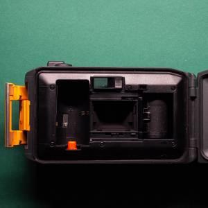 Canon AS-6    35mm-Kamera   FILMTESTED   guter Zustand   schwarz-orange   Unterwasserkamera Bild 7