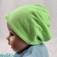 Mütze zum Wenden für 6-12 Monate / Kopfumfang 39-42 cm, neonfarben und mit süßen kleinen Schafen Bild 2