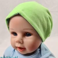 Mütze zum Wenden für 6-12 Monate / Kopfumfang 39-42 cm, neonfarben und mit süßen kleinen Schafen Bild 4