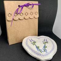 Lavendel-Duft-Herz  zum Knautschen aus schwarzem Leinen - Trostspender für Kranke / ältere Menschen Bild 3