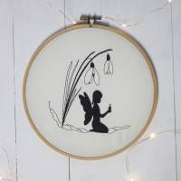 Stickdatei Schneeglöckchen mit Elfe Bild 4