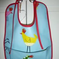 Lätzchen mit Auffangtasche 'Huhn', Wachstuch, abwaschbar, wasserfest, für Kinder + Erwachsene, Unikat hessmade Bild 1