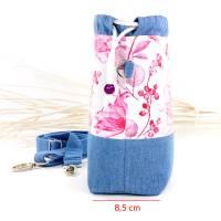 Umhängetasche/ Beuteltasche aus Jeans (Upcycling) und Patchworkstoff | Farben blau-weiß/pink/orange/bordeaux/violett Bild 3