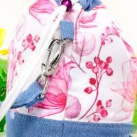 Umhängetasche/ Beuteltasche aus Jeans (Upcycling) und Patchworkstoff | Farben blau-weiß/pink/orange/bordeaux/violett Bild 6