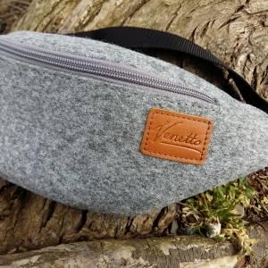 Gürteltasche Bauchtasche Hüfttasche Wandertasche aus Filz Filztasche Grau Bild 3