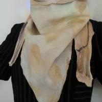 Vielseitig verwendbarer, edles Damen Dreiecktuch aus Wolle und Seide für den Sommer und Winter in Beigetönen. Halstuch Bild 5