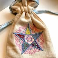 Säckchen für Pendel, Tarotkarten, Runensteine, Edelsteine, Schmuck - innen Seide, außen Leinenstoff + Tarot-Deck Bild 5
