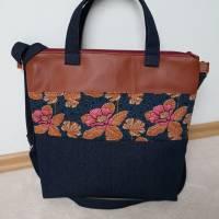 Umhängetasche, Shopper, Schultertasche, Jeans, Upcycling, Kunstleder, Blumen Bild 3