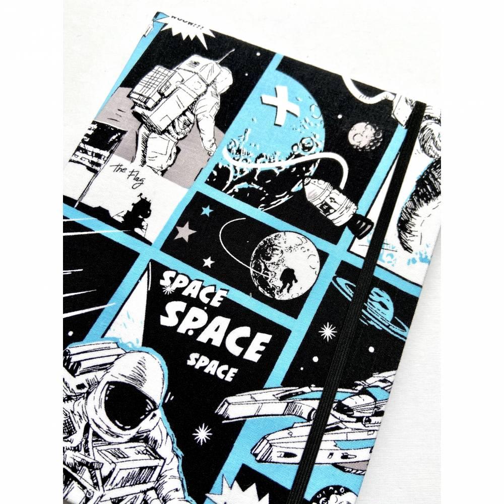 """Notizbuch """"Astronaut"""" 17,5 x 23 cm (ähnlich A5) stoffbezogen Weltraumfahrer Astronaut Planeten Universum Comic Bild 1"""
