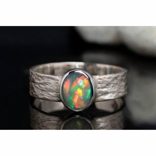 Opalring / Silberring mit Opal - kunstvoll handgemacht aus 925er Silber - Designerstück Goldschmiedering Unikat - Top Op