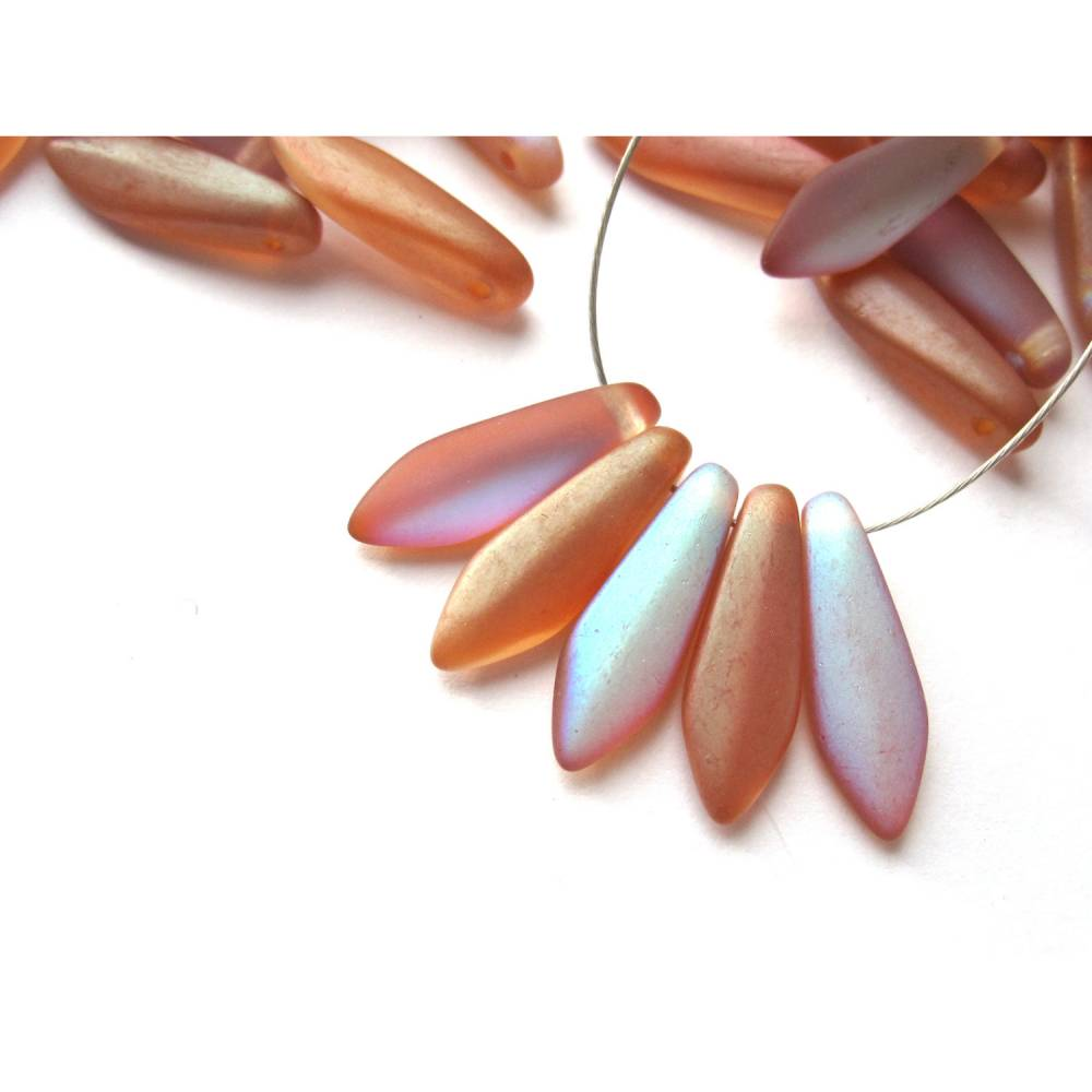 10  5x16mm Orange Rainbow Matted Dagger Beads Bild 1