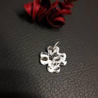 Kleeblatt aus 999 Silber mit schönem Muster, mattiert, teils geschwärzt Bild 2