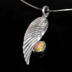 Silberanhänger mit Top Opal -- Opalanhänger für Halsketten / Colliers - Kunstvoller Anhänger aus 925 Silber - Adler Flüg Bild 2