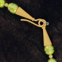 UNIKAT! echte Süßwasser Perlenkette in Grün mit vergoldetem FISCH Bild 4