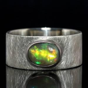 Breiter Silberring mit Top Opal - handmade - 925 Silber - Mattierter Bandring Bild 1