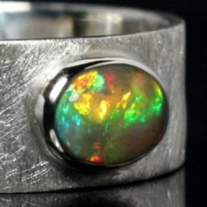 Breiter Silberring mit Top Opal - handmade - 925 Silber - Mattierter Bandring Bild 2