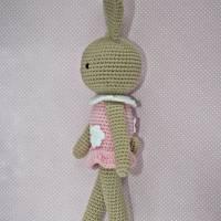 Häkelspielzeug Häkelhase Hasenmädchen Maja aus Bio-Baumwolle sand/rosa Kuscheltier Bild 3