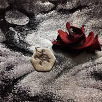 sechseckiger Anhänger mit süßer Schildkröte, 999 Silber, teilgeschwärzt Bild 4