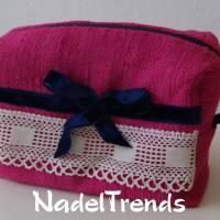 Kosmetiktasche aus pinkfarbener Bouretteseide Bild 1