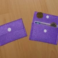 Geldbeutelchen aus Filz Flieder mit Druckknopf weiß Bild 1