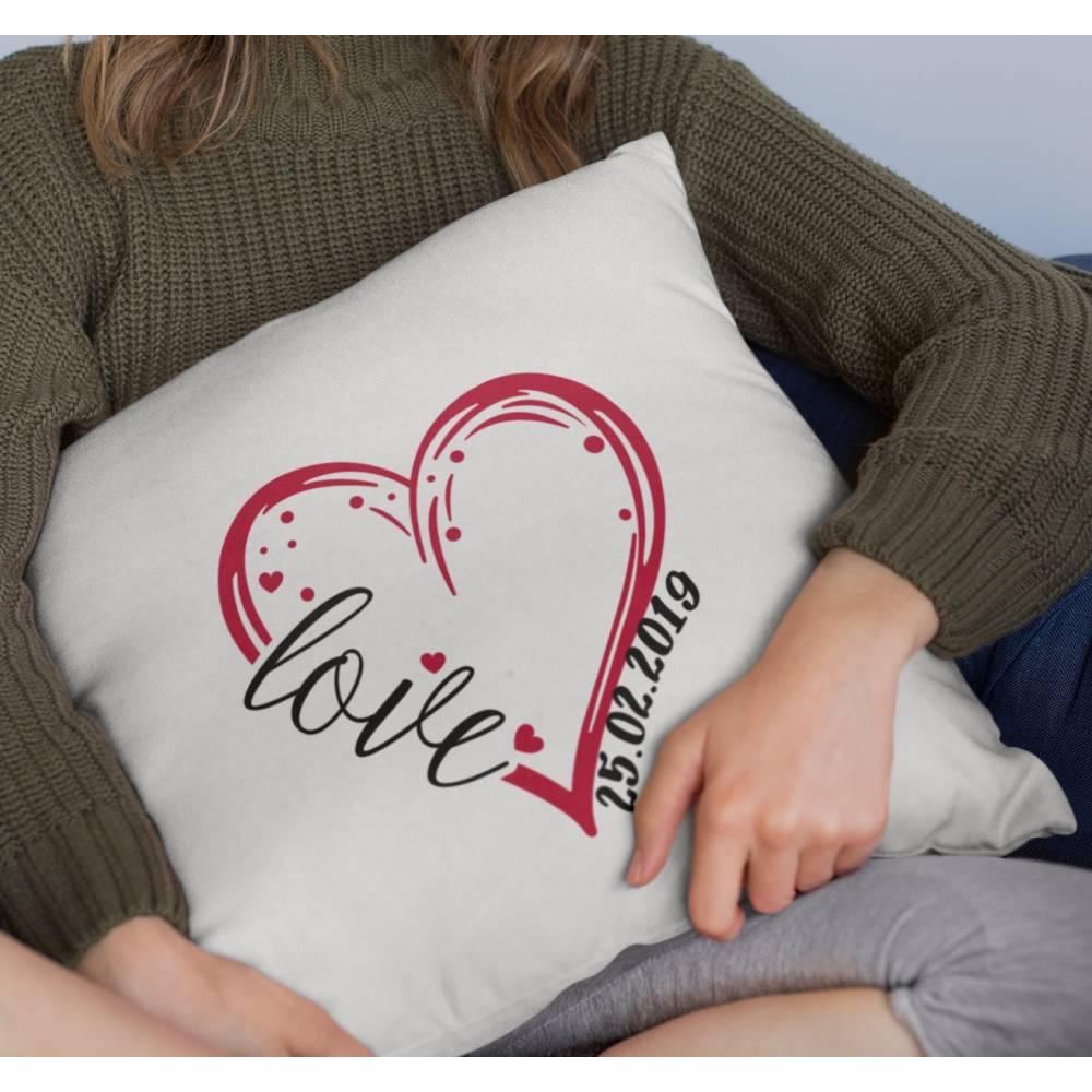 Kissen mit Wunschdatum zum Jahrestag/ Valentinstag Bild 1